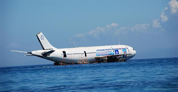 TURKEY SINKS AIRBUS JET TO BOOST DIVING TOURISM