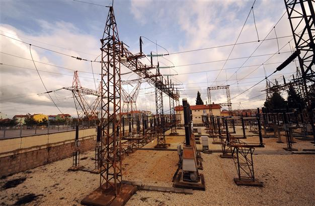 TURKEY TO ADD 4,000 MEGAWATTS IN 2015